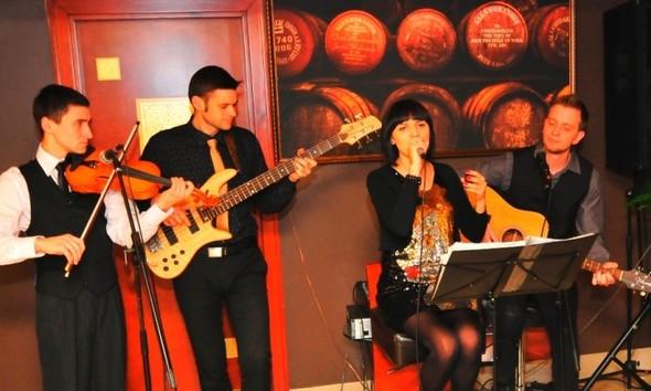 18 ноября Виски-ресторану SINGLE исполнилось 3 года!. Изображение № 1.