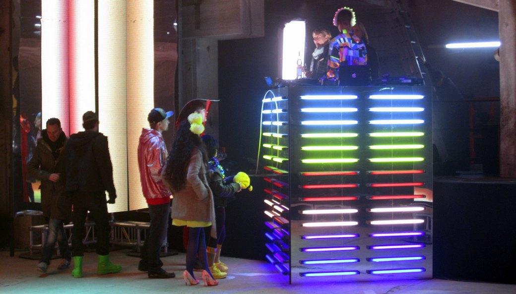 Создатели интерактивной одежды Studio XO — о моде будущего. Изображение № 10.