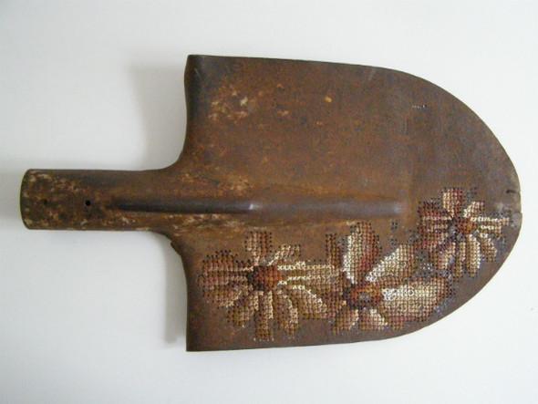 Вышивка по металлу. Изображение № 6.