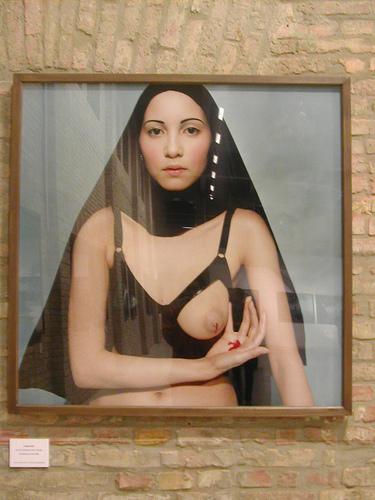 Bettina Rheims иее обнаженные портреты. Изображение № 8.