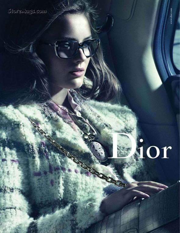 Превью кампании: Моника Ягачак для Dior FW 2011. Изображение № 1.