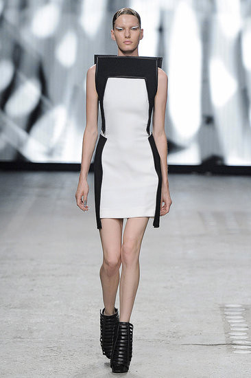 Показ: Gareth Pugh spring 2012 Ready-to-Wear. Изображение № 9.