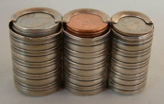 IPhone-держатель для монет. Изображение № 6.