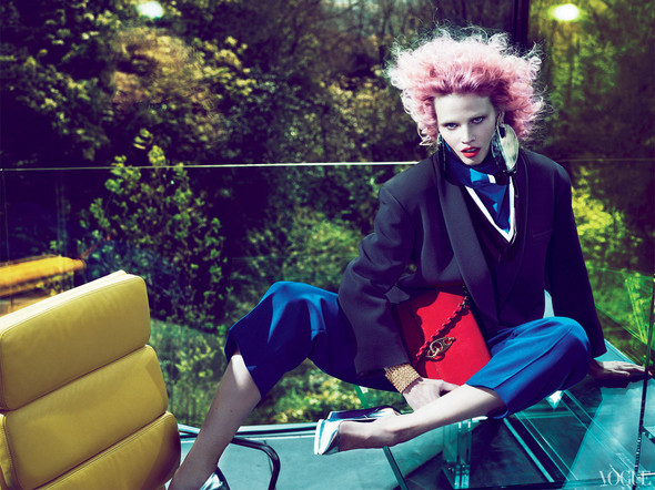 Новые съемки: Vogue, 25 Magazine, Exit. Изображение № 35.