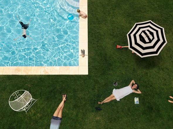 сюрреалистично-реальный мир Фотограф Julie Blackmon. Изображение №16.