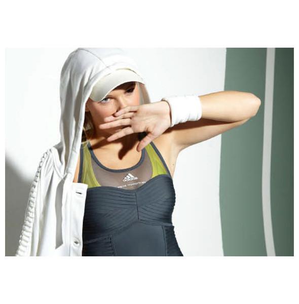 Стелла Маккартни создала светящуюся одежду для Adidas. Изображение № 27.