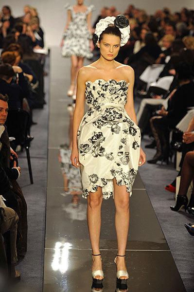 Chanel Spring 2009 Haute Couture. Изображение № 11.
