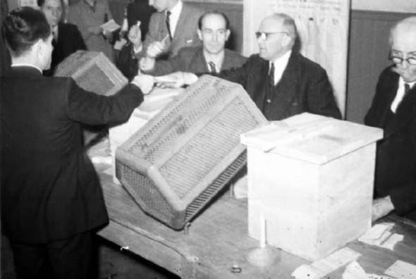 100 лет выборов в документальных фотографиях. Изображение № 17.
