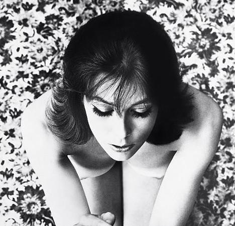 Части тела: Обнаженные женщины на фотографиях 50-60х годов. Изображение № 157.