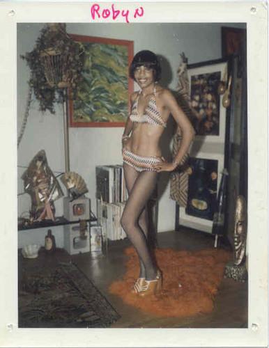 Изображение 42. Стриптиз,Polaroid и60-е годы.. Изображение № 43.