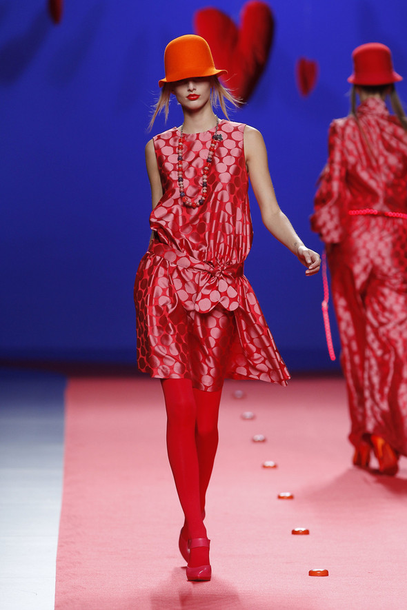 Испанцы Fall Winter 2011/2012: AGATHA RUIZ DE LA PRADA. Изображение № 20.