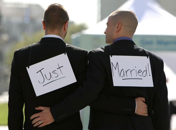 Барак Обама впервые поддержал гей-браки в США. Изображение № 2.