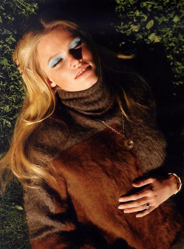 Лара Стоун в Vogue UK. Изображение № 5.