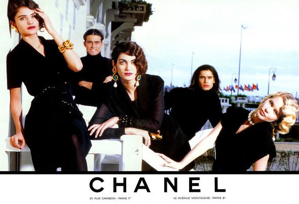 Архивная съёмка: Рекламная кампания Chanel SS 1990. Изображение № 13.