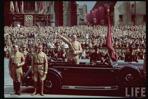 100 цветных фотографий третьего рейха. Изображение №6.
