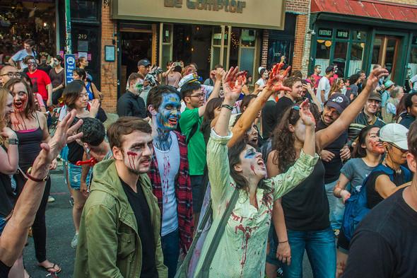 Зомби парад в Нью Йорке. NYC Zombie Crawl.. Изображение № 5.