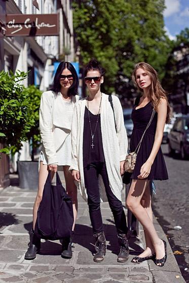 Уличный стиль на Неделе высокой моды в Париже. Изображение № 75.