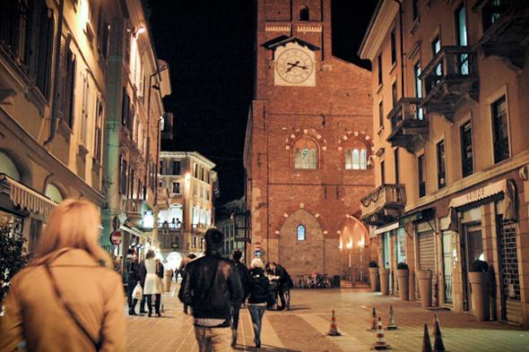 Италия: Арт, винтаж и «Формула-1» в Ломбардии. Изображение №97.