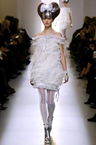 Неделя моды в Париже: Haute Couture. Изображение № 46.