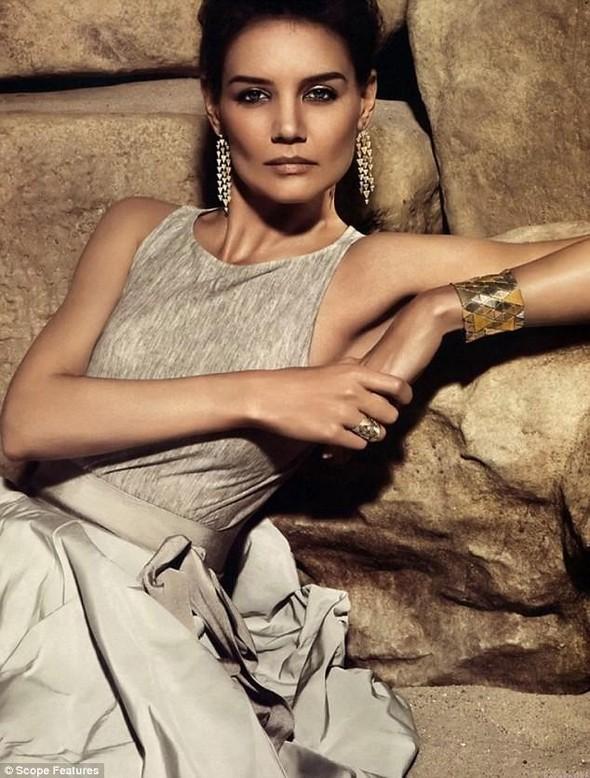 Кампании украшений: Dolce & Gabbana, Tiffany & Co и H. Stern. Изображение № 17.
