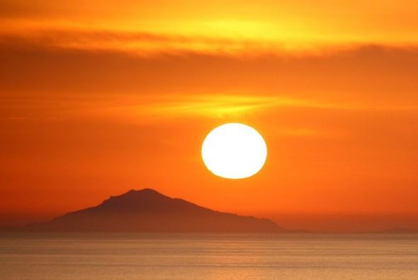 Санторини: Боги, вино и закаты. Изображение № 11.