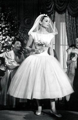 Одри Хепберн в фильме «Забавная мордашка». Изображение № 33.