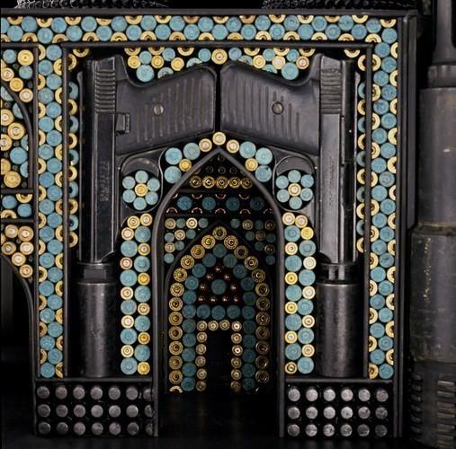 Изображение 1. Храмы из оружия.. Изображение № 1.