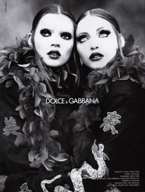 Архивная съёмка: Кейт Мосс, Тайра Бэнкс и другие для Dolce & Gabbana FW 1992. Изображение № 1.