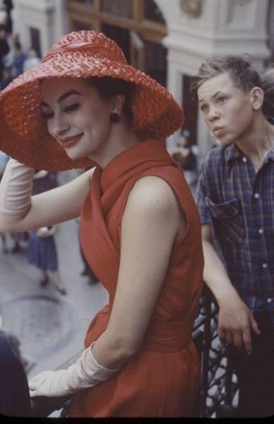 Dior in Moscow, 1959 год. Изображение № 7.