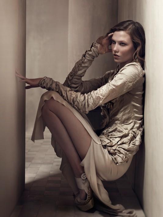 Изображение 10. S/S'11 Ad Campaign: Donna Karan, D&G, DKNY.. Изображение № 9.