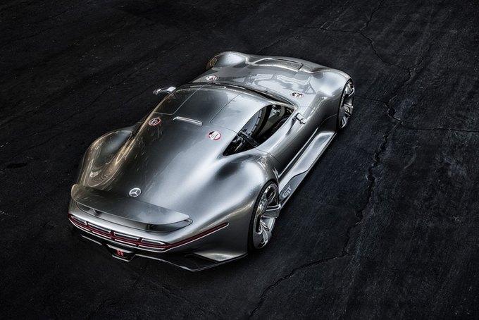 Mercedes-Benz разработала концепт спорткара для новой части Gran Turismo. Изображение № 4.