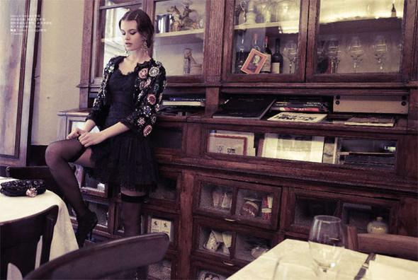 Съёмки: Playing Fashion, Schon, Vogue и другие. Изображение № 21.