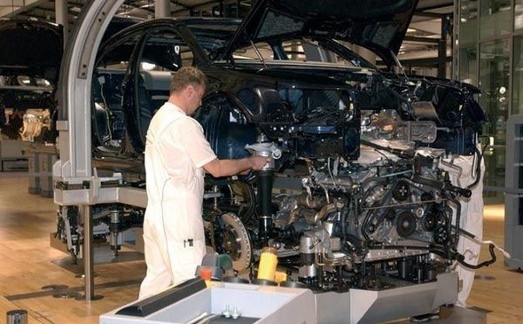 Стеклянная мануфактура Volkswagen. Изображение № 17.
