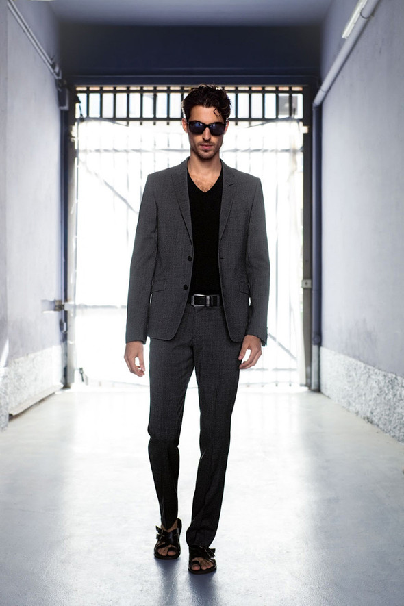 Мужские лукбуки: Rad Hourani, Versace и другие. Изображение № 32.
