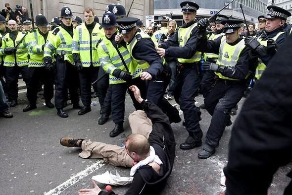 Лондон. Митинг. Изображение № 13.