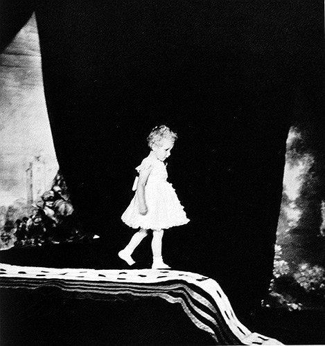 Cecil Beaton. Изображение № 185.