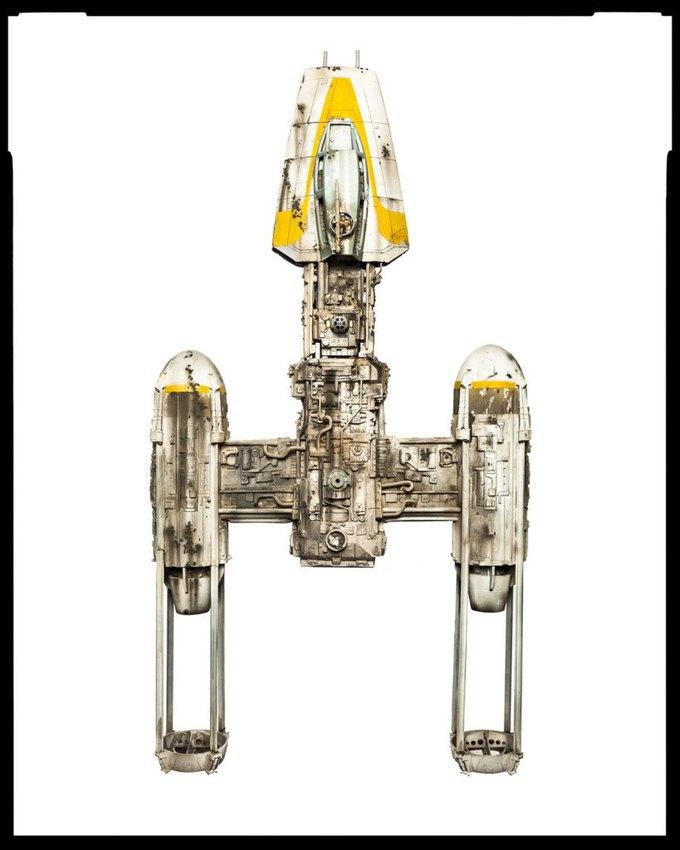 Wired сфотографировал реквизит из «Звёздных войн» . Изображение № 18.