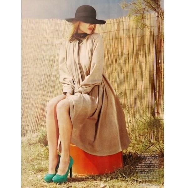 5 новых съемок: Purple Fashion, Vogue и W. Изображение № 28.