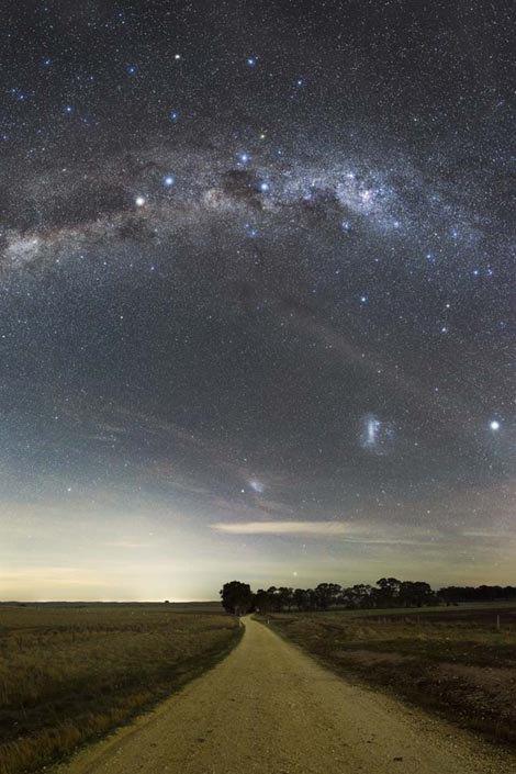 Созвездие Южный Крест и Большое Магелланово Облако (категория «Южный Крест») / Автор: Phil Hart. Изображение № 5.