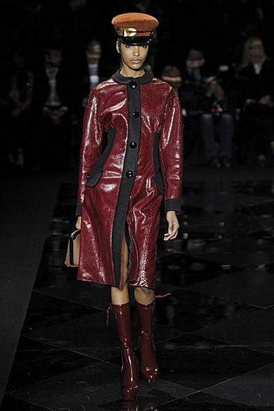 Louis Vuitton, источник: www.fashionologie.com. Изображение № 21.