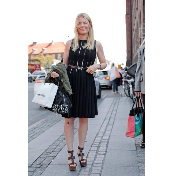 Луки с недель моды в Копенгагене и Стокгольме. Изображение № 29.
