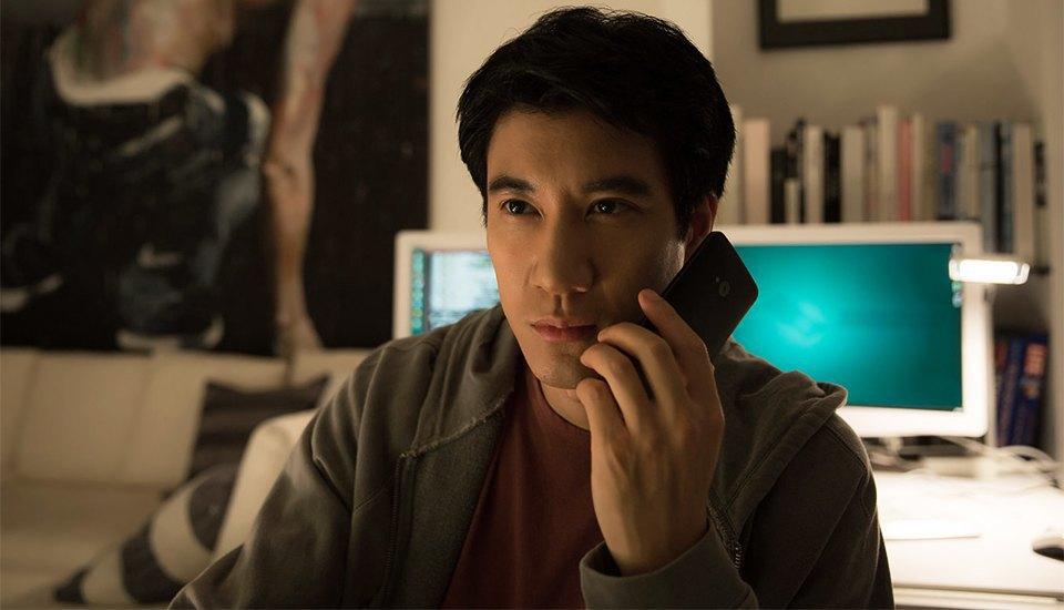 Программист смотрит реалистичный фильм  о хакерах. Изображение № 8.
