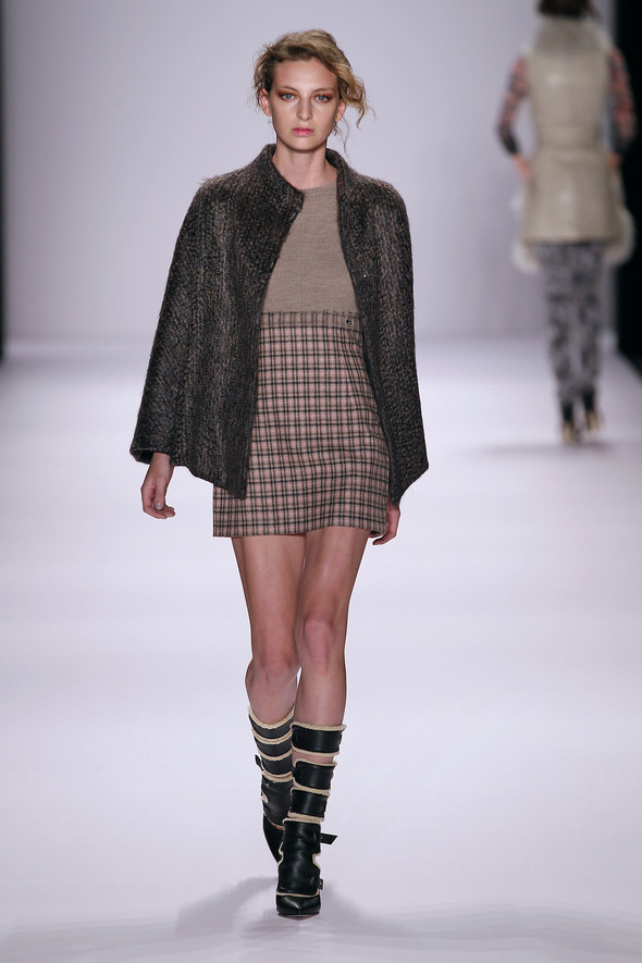 Berlin Fashion Week A/W 2012: Escada Sport. Изображение № 6.