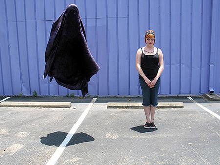 Уильям Хандли. Привидения, гамбургеры илюди вшкафу. Изображение № 2.