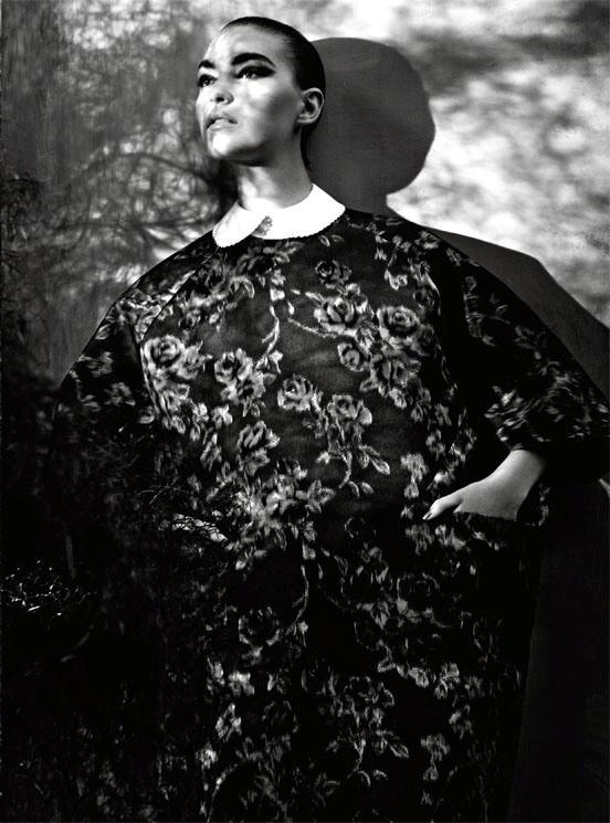 Съемка: Аризона Мьюз и Руби Олдридж для Vogue Италия. Изображение № 11.
