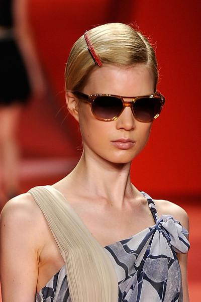 Sunglasses SS 2010. Изображение № 21.