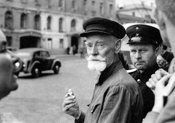 Советская Москва глазами Анри Картье-Брессона. Изображение № 8.