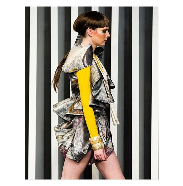 Десять лучших луков с Гонконгской недели моды. Изображение № 9.