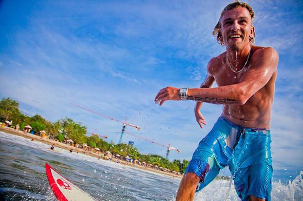 Новички пусть сидят дома: Сергей Мысовский о серфинге на Гавайях, Таити и других любимых местах. Изображение № 22.