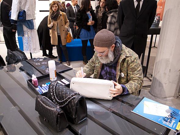 Изображение 1. Поп-ап стор Chanel и Colette открылся в Париже.. Изображение № 1.